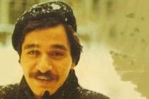 Ahmet Erhan bir tebessümdür, umudun tebessümü