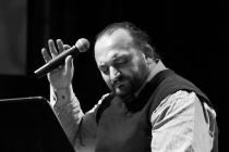 Müzikal poetikasını belirlemiş bir sanatçı