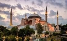 Yahya Kemal'e göre Ayasofya'nın minaresinden okunan ezan devletin temelidir