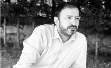 """Mustafa Uçurum: """"Yazmak, insanın kendini tatmin ettiği bir araç değil, okuyucuların gönlüne dokunan bir ışığın ardına düşmektir."""""""
