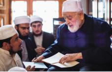 Ahir zamanda ömrünü İslam'ın izzetine vakfeden bir âlim