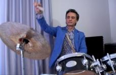 Sanatçı Dinçer Özer 12 binden fazla çocuğu ritimle buluşturdu