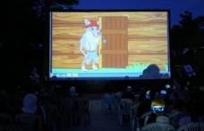 Sıcak havalarda 'nostaljik' sinemayla stres atıyorlar