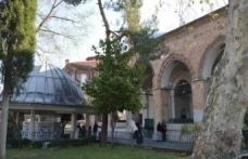 Tanpınar'la Bursa'da Zaman ve Orhan Camii