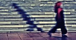 Bir Dik Açının Rükûya Açılımı: Selçuk Azmanoğlu Fotoğrafları