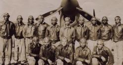 ABD'nin ilk siyahi pilotlarının özgürlük mücadelesi