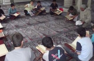 Yaz Kur'an kursları çocuklarını bekliyor