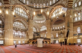 Ufuk Açıcı, Tefekküre Vesile Bir Kültür Hizmeti:...