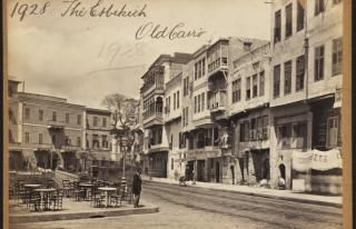 Yüz Yıl Öncesinin Mamur Mısır ve Kahire'sine...