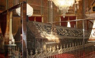 Bu Yaz İstanbul'daki 11 Padişah Türbesinin Hepsini Ziyaret Etmeye Ne Dersiniz?