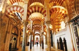 'Kurtuba Ulu Camii, Kilisenin değil ve olamaz'
