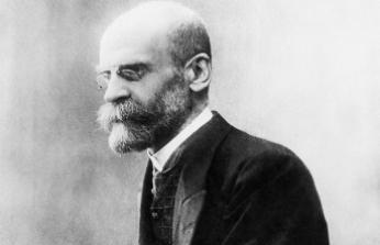 Sosyolojinin kurucularından kabul edilen Emile Durkheim kimdir?
