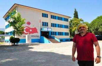 """Yakup Ateş: """"Ben bu ülkenin geleceği için uğraşan sayısı milyonu aşan eğitim neferlerinden biriyim."""""""