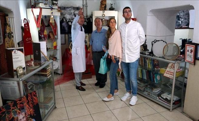 Ciğerci dükkanını Edirne Müzesi'ne dönüştü