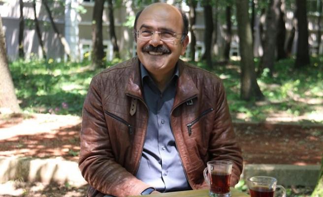 Rahmi Karakuş: Elimizdeki hazineden habersiz fukaralar gibiyiz