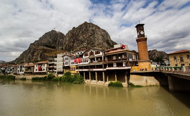 Amasya'da doğmak kadar ölmek de saadettir