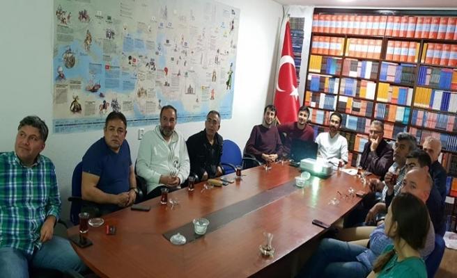 Amsterdam'da Türkevi söyleşileri: Farklılıklar tehdit değil, zenginliktir