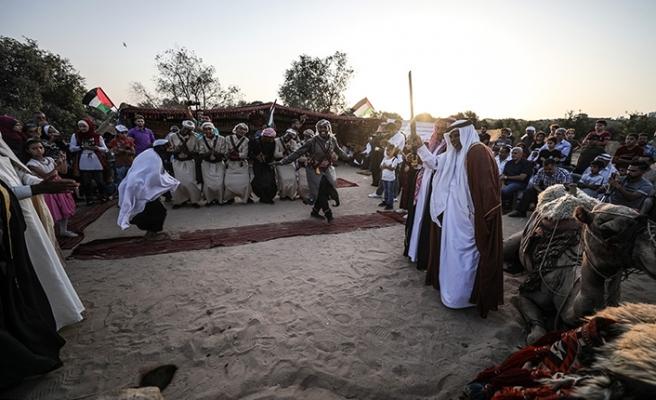 Gazze sınırında Filistin ve Necef Bedevi Kabileleri Festivali