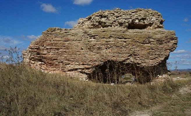Sinanköy Antik Yerleşim Alanı'nda bin 500 yıllık Bizans kilisesine ulaşıldı