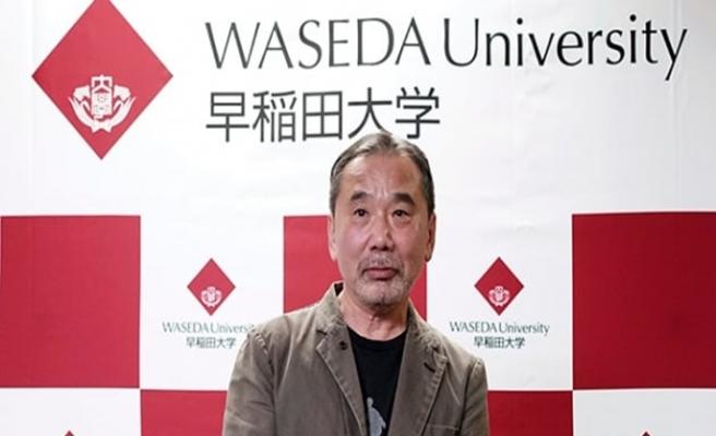 Japon yazar kişisel arşivini mezun olduğu okula bağışladı
