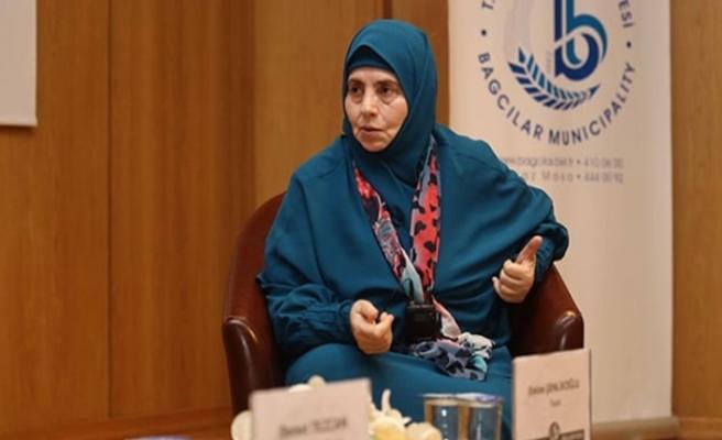 Emine Şenlikoğlu İslam düşmanlarının psikolojik savaşına dikkat çekti