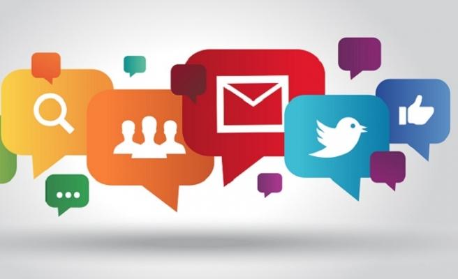 Sosyal medyanın edebiyata katkısı var mı?