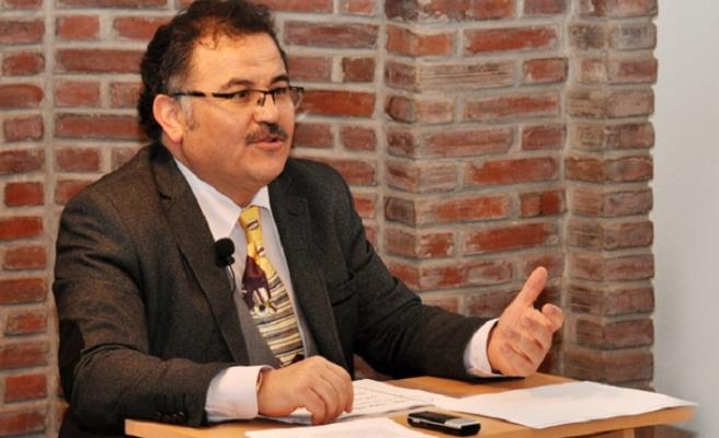 Uludağ İlahiyat'ın yeni dekanı Bilal Kemikli