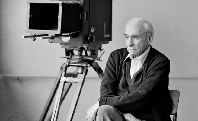 Filmlerinde Türk insanının peşine düşen bir yönetmen: Ömer Lütfi Akad(17 Aralık 2018)