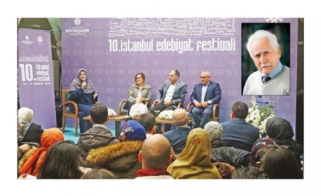 Karakoç 'aşk' ile yazdı