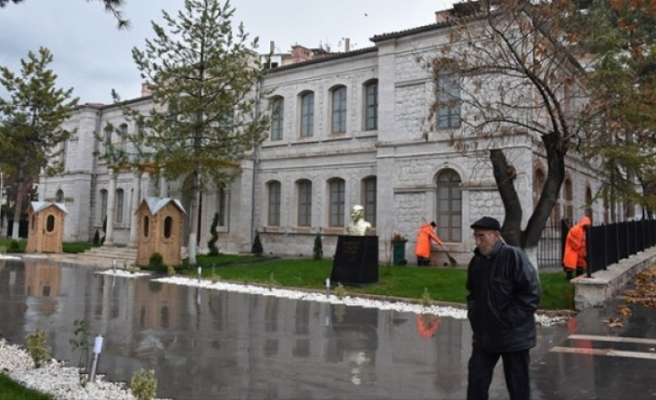 Malatya'da askerlik şubesi olarak hizmet veren tarihi bina eski görkemine kavuştu