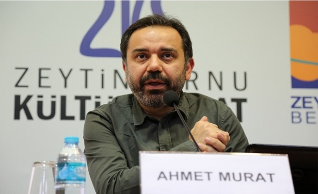 Mustafa Akar, Şiir Meclisi söyleşilerinde bu ay şair Ahmet Murat'ı ağırlıyor