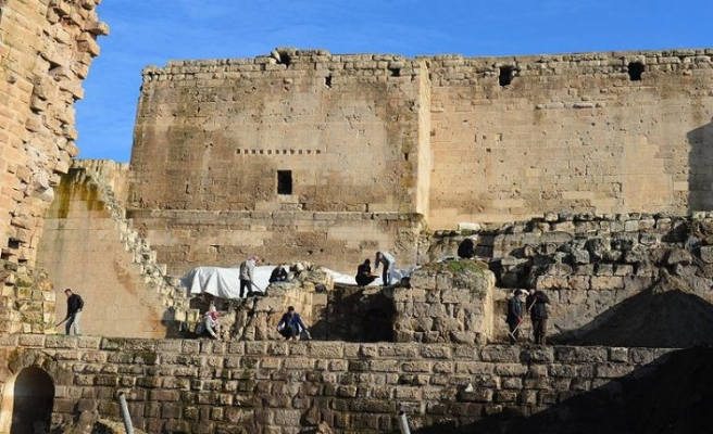 Ortadoğu'nun 9 asırlık sarayı gün yüzüne çıkıyor