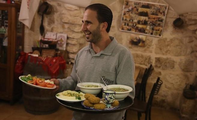 Tarihi Filistin restoranı kentin uğrak noktası
