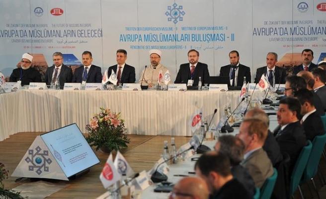 Diyanet İşleri Başkanı Erbaş: İslam dünyanın her yerinde barış dinidir