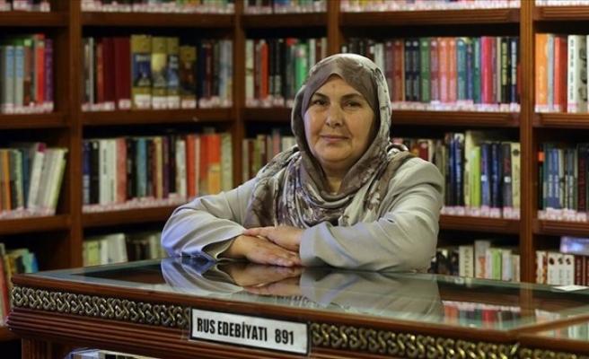 Bir yılda okuduğu 200 kitapla 'Sıradışı Okur' ödülünü kazandı