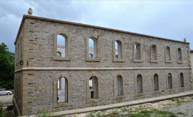 150 yıllık kışlanın restorasyonunu Kültür ve Turizm Bakanlığı tamamlayacak