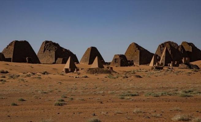 Sudan'da çölün ortasındaki saklı hazine: Meravi piramitleri