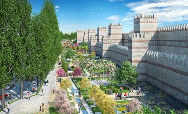 Fatih'teki surlar millet bahçesine çevrilecek