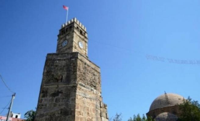Antalya'da tarihi saat kulesi özgün kubbesine kavuşacak