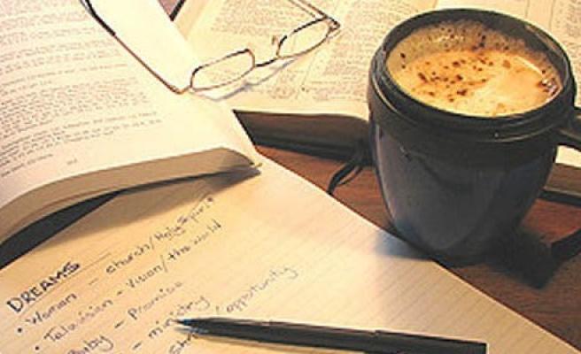Kitaplı Kahve'de sohbet var!