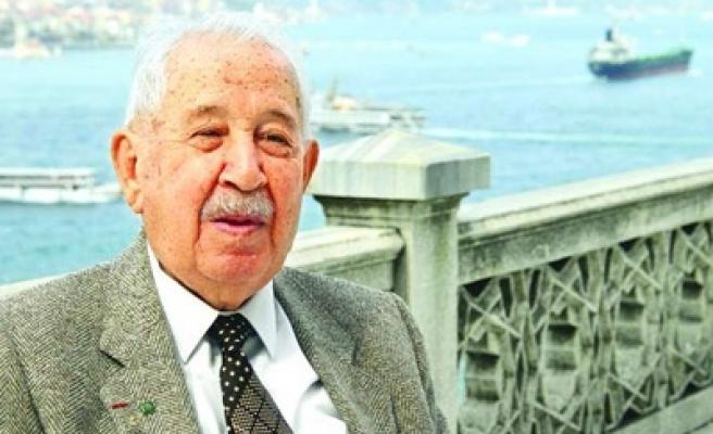 Prof. Semavi Eyice Bezm-i Cihan'da