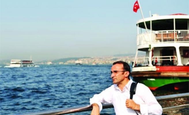 Ömer Karaoğlu'nun bir ezgisi var ki..