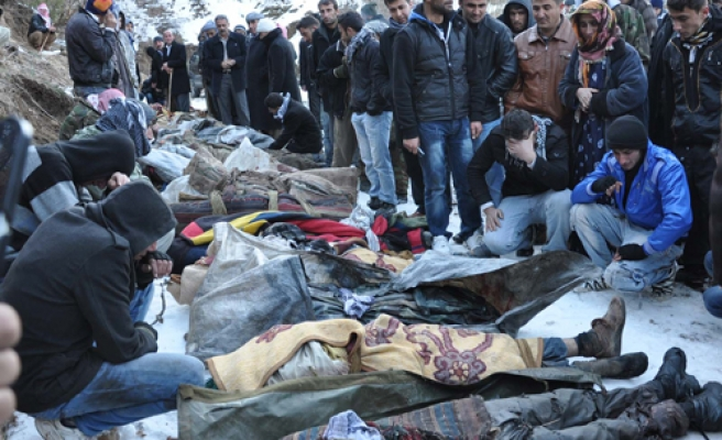 Sonu ölümle biten tüm türküler yakıldı