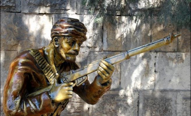 Cihad aşkı Şahin Bey'de abideleşmişti!
