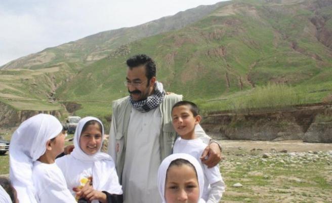 Zeki Bulduk Afgan yetimleri anlatıyor