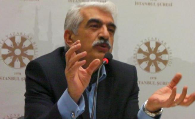 Prof. Bellingeri Karakoç'un şiirine vuruldu