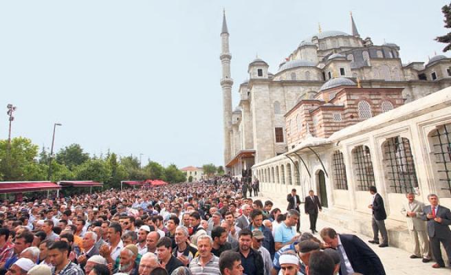 Filistinli genç hep Fatih Camii'ni sayıklamıştı