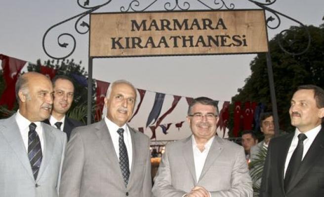 Marmara Kıraathanesi Sultanahmet'te açıldı