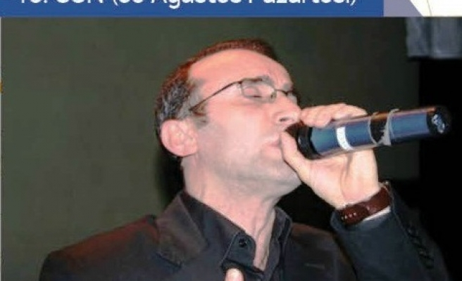 Sultanahmet'te Ömer Karaoğlu var