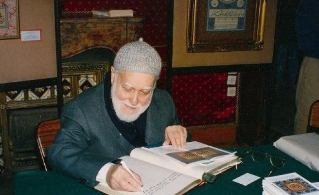 Kızlarını Kur'an kursuna gönder!